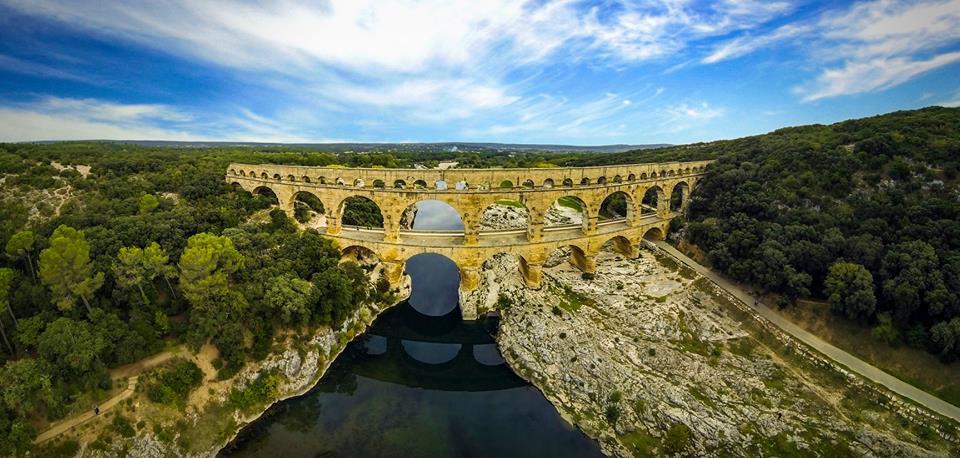 Akwedukt rzymski Pont du Gard w południowej Francji