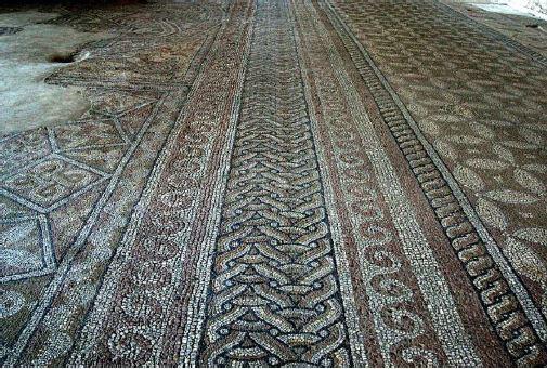 Fragmenty rzymskiej mozaiki z IV wieku