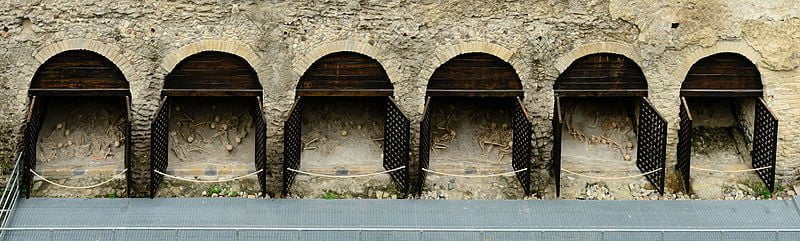 Chambers for boats in Herculaneum