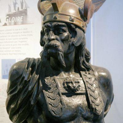 Brennus sculpture