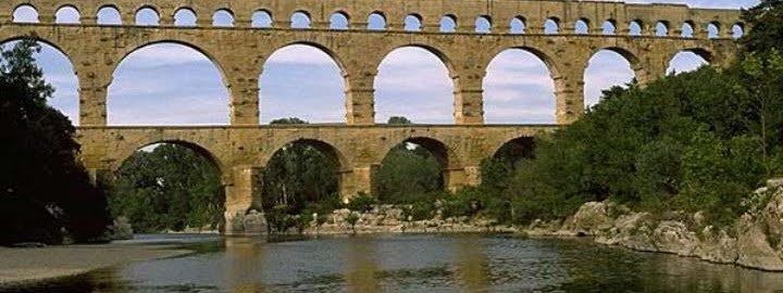 Pont du Gard, Nimes (Francja)