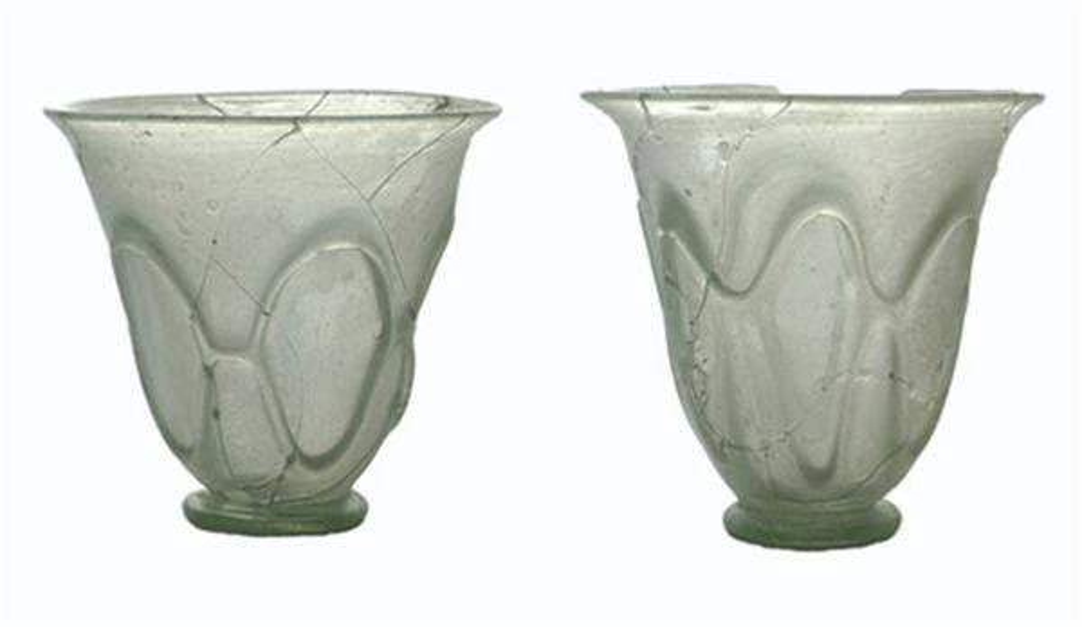 Szklane puchary rzymskie z Weklic