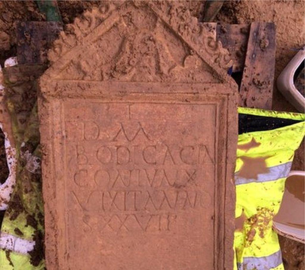 Odkryto rzymski nagrobek w Cirencester