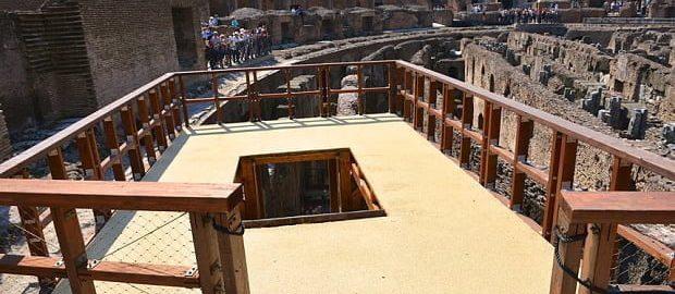 Drewniana winda w Koloseum