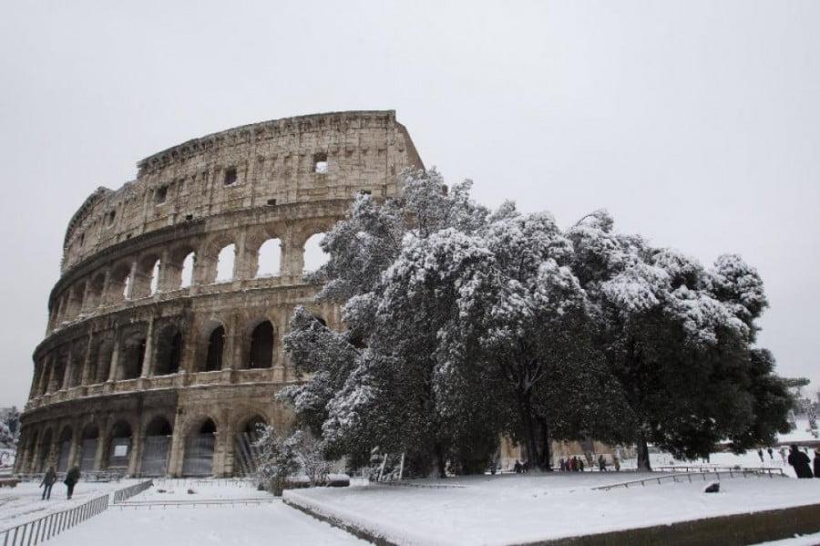 Koloseum w śniegu
