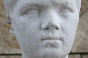 Lucjusz Juliusz Cezar