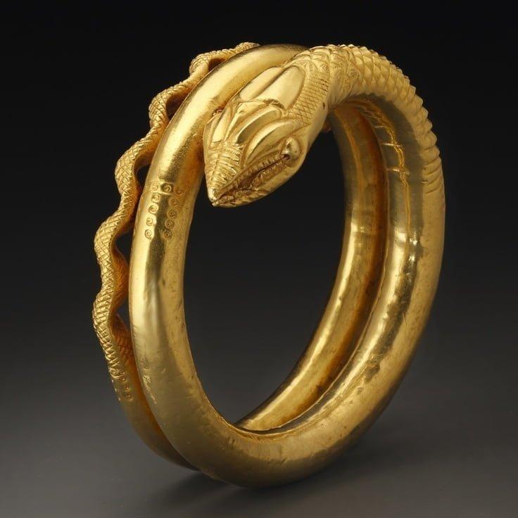 Złoty egipsko-rzymski naramiennik