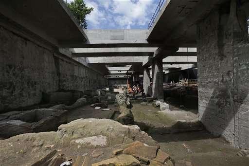 Rzymskie baraki na drodze linii metra