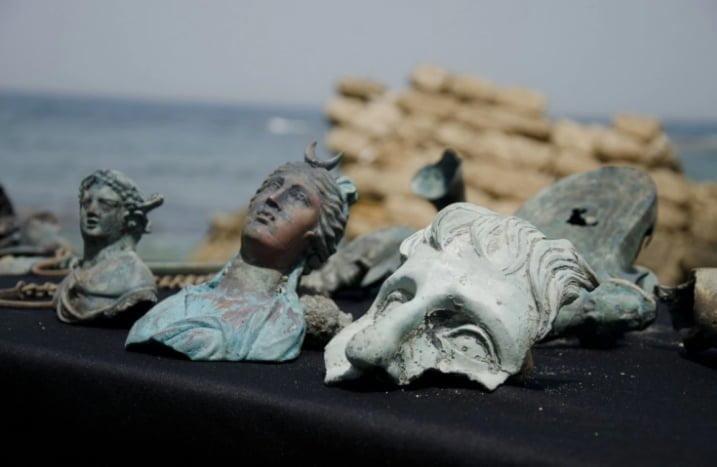 Artefakty we wraku u wybrzeży Izraela