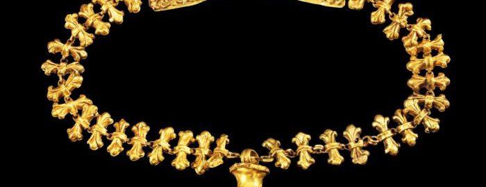 Roman golden necklace