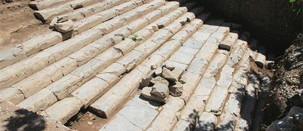 Natrafiono na schody rzymskiej świątyni w Turcji