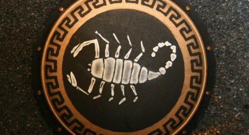 Skorpion na greckiej tarczy