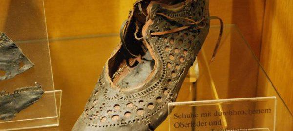 Modne rzymskie buty