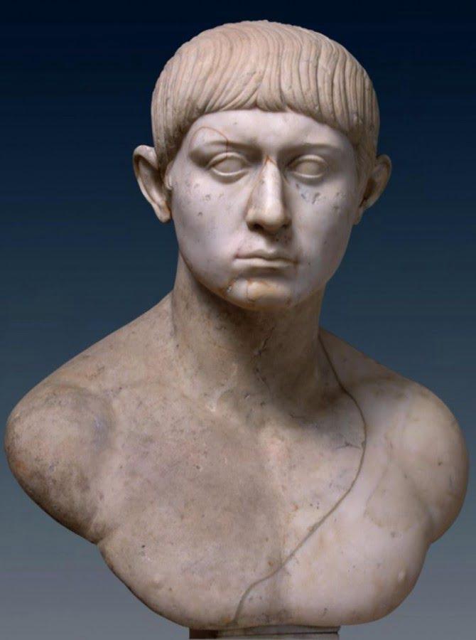 Popiersie młodego Rzymianina