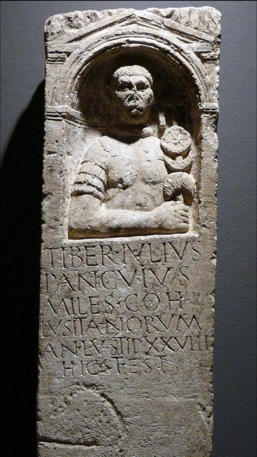 Rzymski nagrobek z auxilia