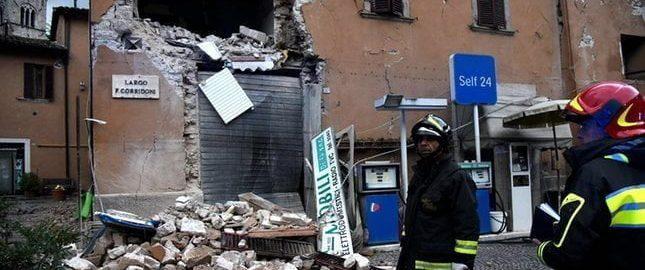 Silne trzęsienia ziemi w środkowej Italii