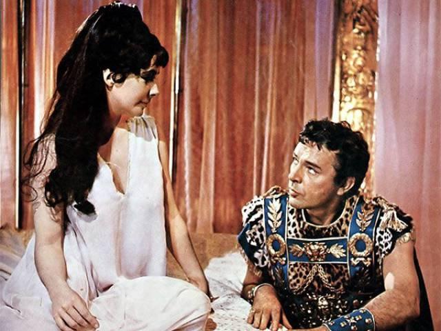 Antoniusz i Kleopatra w scenie filmowej