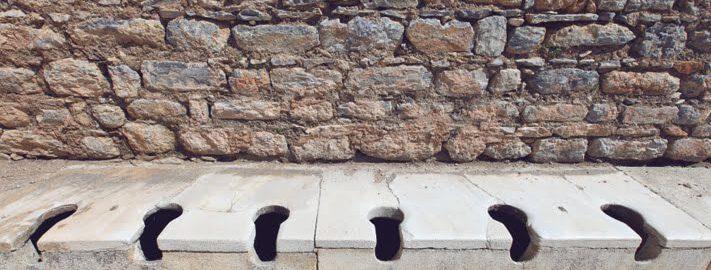 Doły kloaczne - źródło wiedzy o Rzymianach