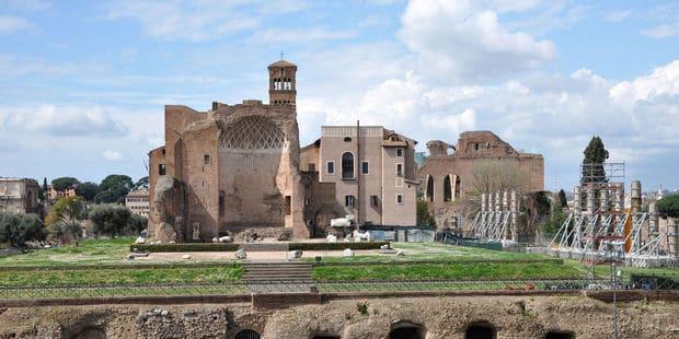 Wirtualna podróż po pałacu Nerona