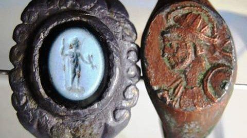 Dwa piękne rzymskie pierścienie