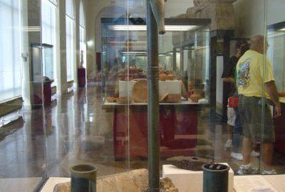 Roman hydraulic pump