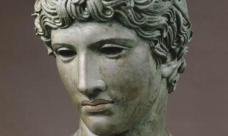 Głowa młodego Rzymianina