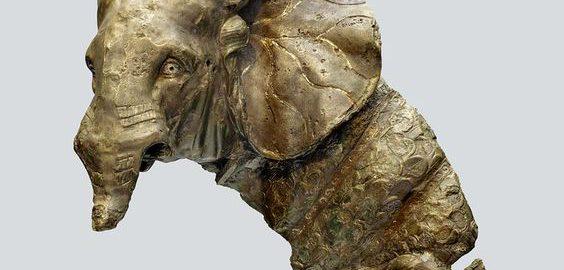 Roman statuette depicting a war elephant