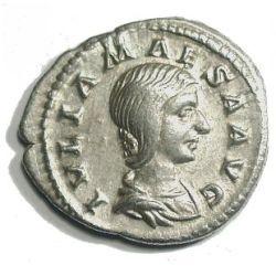 Moneta z podobizną Julii Maesy - babki Aleksandra Sewera i Heliogabala