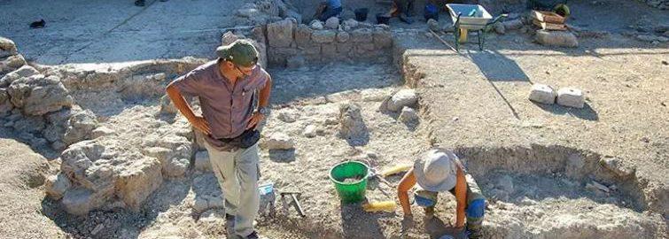 Prace badawcze w rzymskiej willi na Sycylii