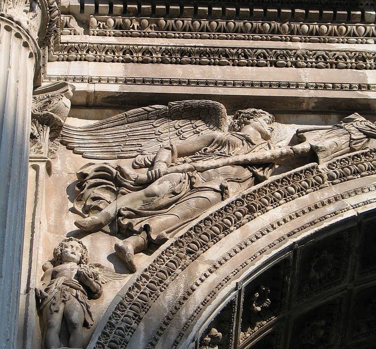 Jedna z Wiktorii na łuku triumfalnym Septymiusza Sewera