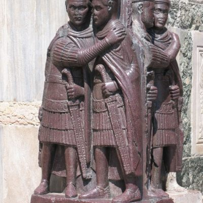Sculpture depicting tetrarchs