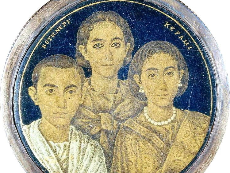 Group portrait painted on Valentinian glass