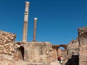 Pozostałości term Antoniusza