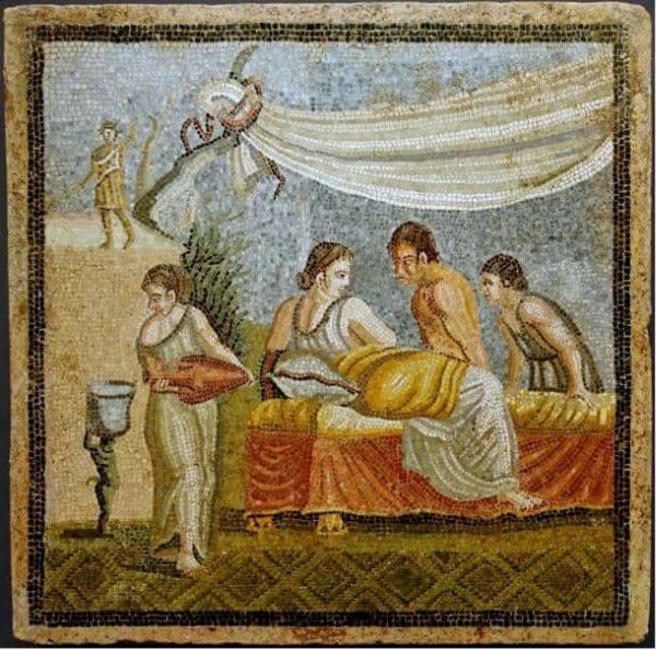Roman women on the mosaic in Villa Centocelle