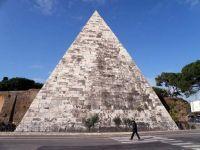 Piramida w Rzymie