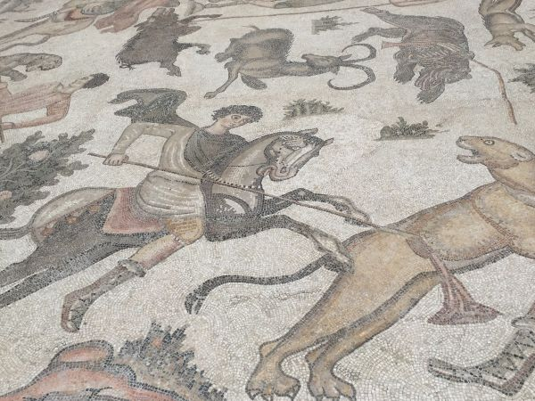 6th century mosaic showing hunting