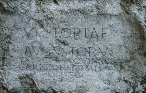 Rzymski napis w Trenczynie