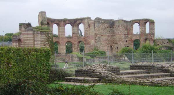 Termy wybudowane za Konstantyna w Trewirze