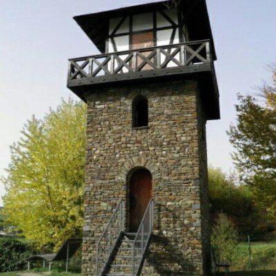 Rekonstrukcja wieży na rzymskim limes