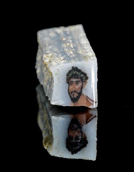Rzymskie kawałek szkła z wizerunkiem Rzymianina