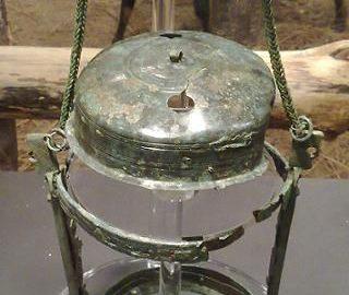 Best preserved Roman oil lamp in Britain