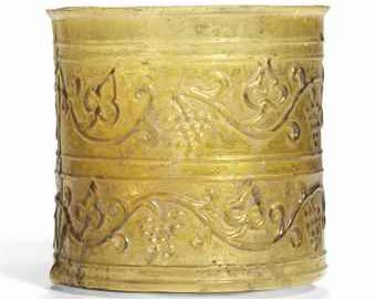 Unique Roman glass vessel