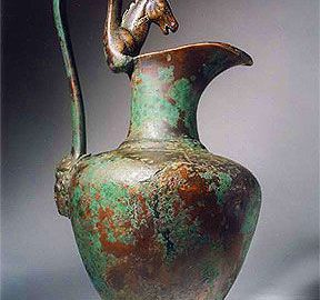 Example of ancient vessel - oinochoe