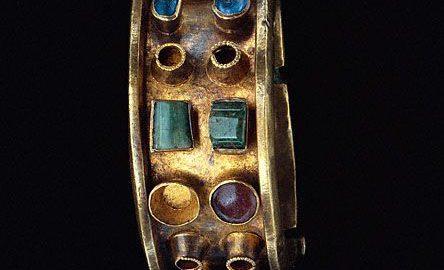 Bogato zdobiona piękna rzymska bransoletka