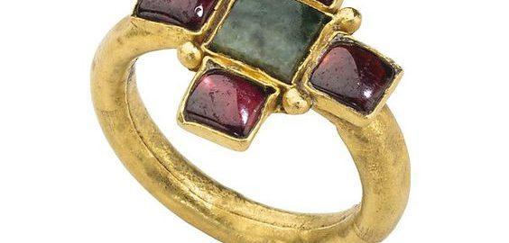 Bogato zdobiony późno-rzymski pierścionek