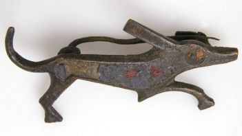 Roman brooch in shape of dog