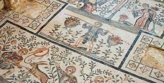 Beautiful mosaic in Villa Romana del Casale