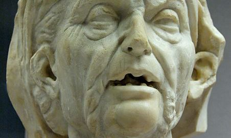 Głowa starszej kobiety. Kopia greckiej rzeźby z III-II wieku p.n.e.