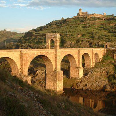 Most nad Tagiem w Alcantara