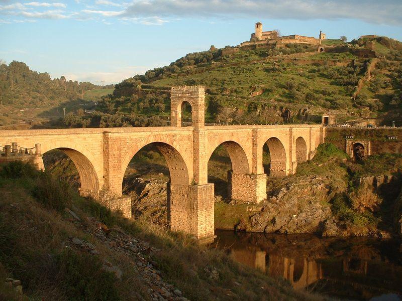 Rzymski most w Alcántara